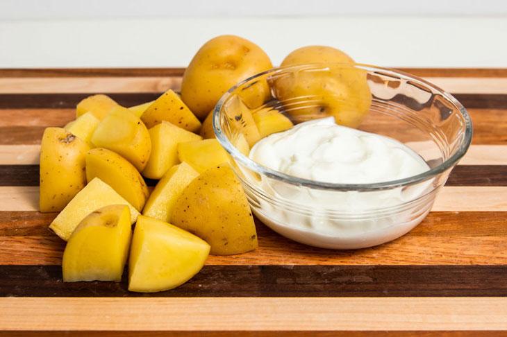 Công thức trị nám với khoai tây và sữa chua