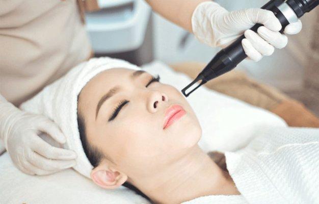 Quy trình điều trị tia laser trị nám tại JK