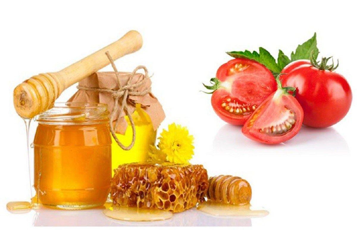 Mặt nạ cà chMặt nạ cà chua - mật ongua - mật ong