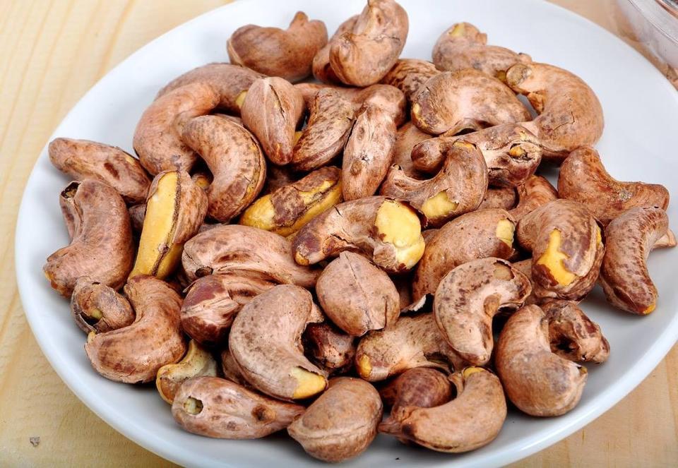 Hãy tìm hiểu các loại hạt, ngũ cốc nguyên cám giúp tăng hiệu quả trị rạn da
